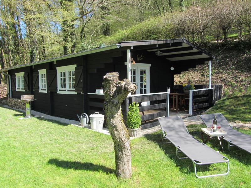 g te chambre d 39 h te les moulins au bord du lac. Black Bedroom Furniture Sets. Home Design Ideas