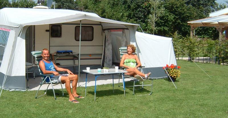 Caravan te huur op gezellige camping in de achterhoek - Caravan ingericht ...